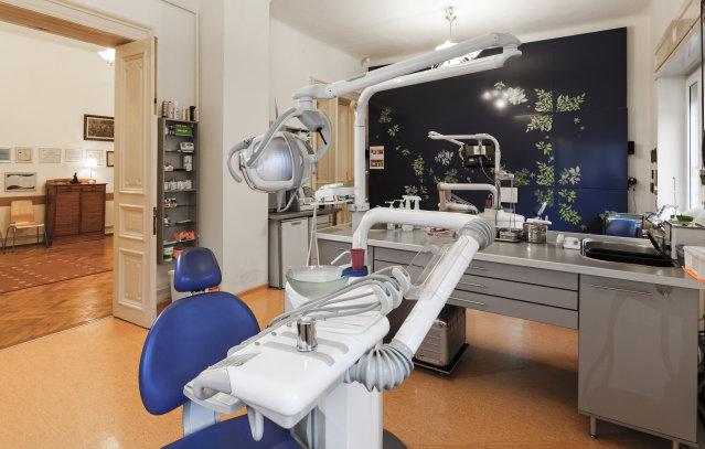 clinique dentaire en roumanie bucarest implant dentaire pas cher en roumanie. Black Bedroom Furniture Sets. Home Design Ideas